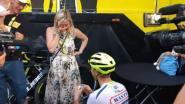 Van Melsen stapt van fiets in Parijs... en vraagt vriendin ten huwelijk