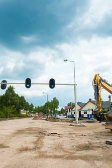 Geen verkeer betekent geen klanten rond de Kayersdijk in Apeldoorn