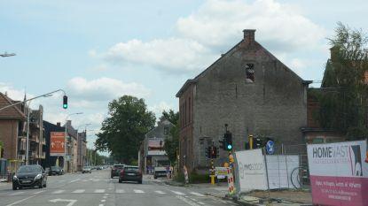 Zware hinder verwacht in Melsele-Zuid: nutswerken aan N70 worden heropgestart, hoekhuis gaat onder sloophamer en heraanleg Snoeckstraat start