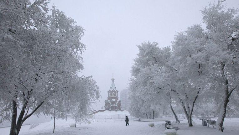 De besneeuwde Siberische stad Krasnoyarsk op archiefbeeld. Beeld reuters