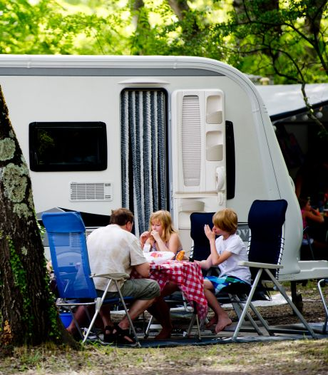 'Stel dat virus terugkomt, dan zit ik op Franse camping wel erg ver van huis'