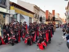 Des uniformes nazis dans un défilé de carnaval en Espagne