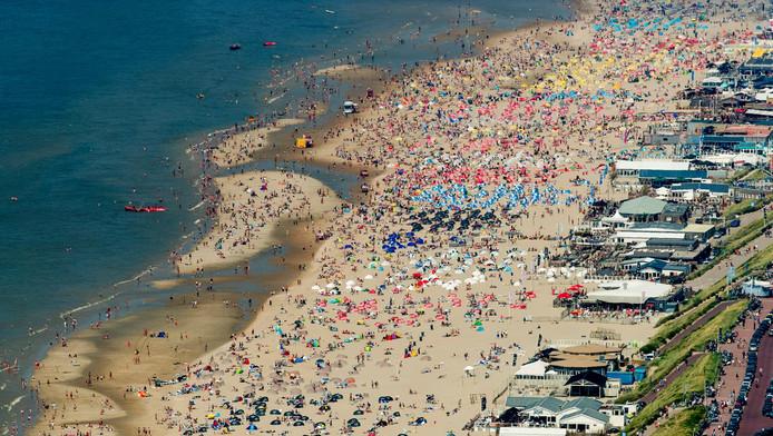 Het strand van Bloemendaal.