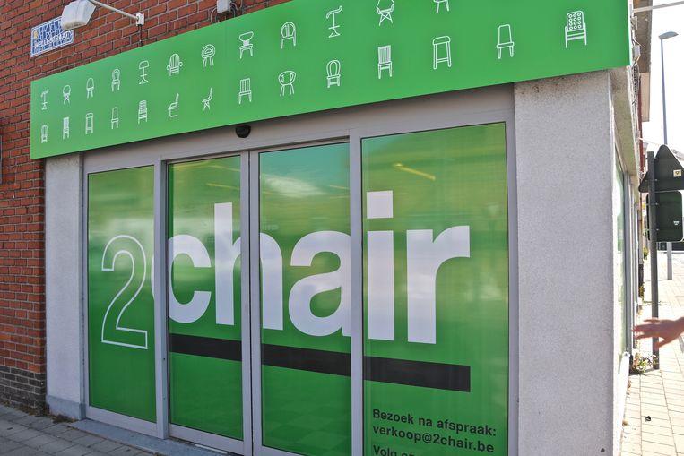 2Chair is gevestigd op de hoek van de Hellestraat en Menensesteenweg.