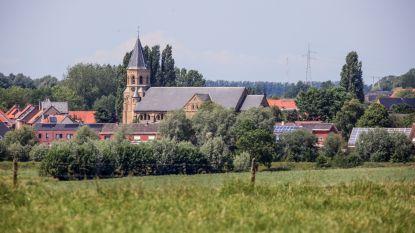 Boek '950 jaar Voormezele' brengt verhaal van verdwenen kasteel en abdij