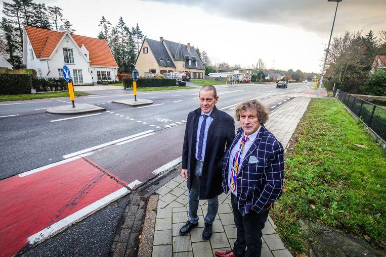Jabbeke Jan Pollet en Frank Casteleyn op kruispunt Gistelsteenweg en Kerkeweg