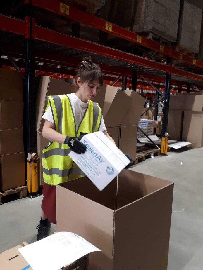 Judith Hendrix (23), magazijnmedewerker verpakkingsleverancier Bunzl