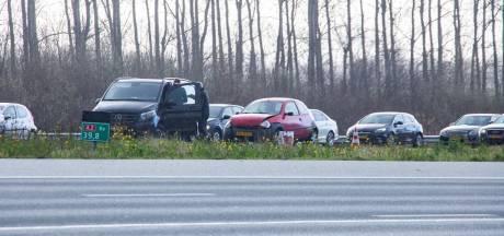 Auto's botsen in ochtendspits op A2 bij Abcoude