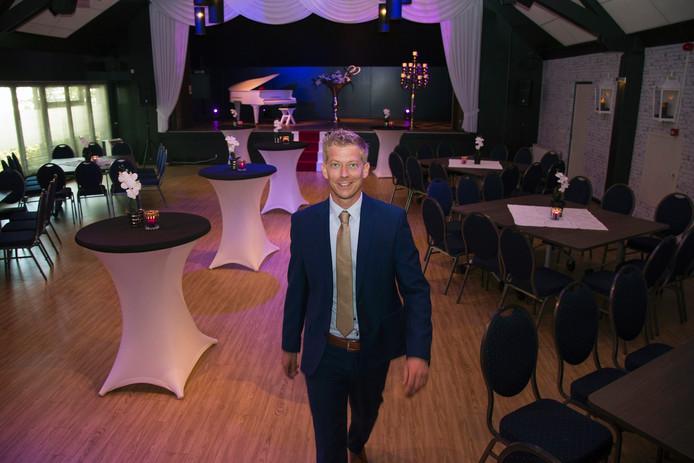 Maykel van der Stam in een van de vernieuwde ruimtes in 't Gement.