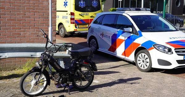 Brommerrijder gewond bij ongeluk in Dongen.
