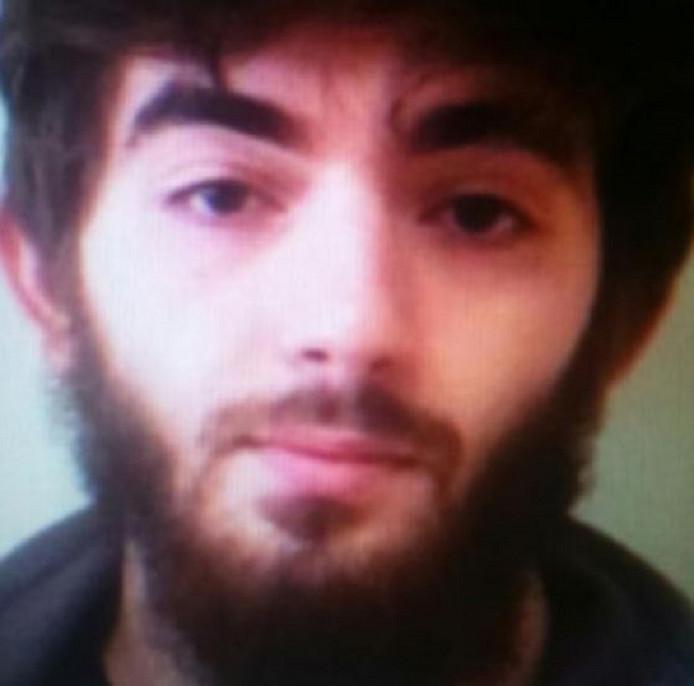De Franse 24-uurs nieuwszender France Info toonde vanmiddag deze foto van de uit Tsjetsjenië afkomstige dader.