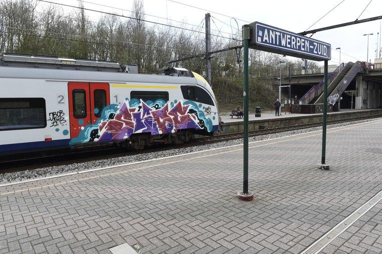Het station Antwerpen-Zuid krijgt een forse make-over in 2022 en 2023.