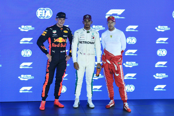 Max Verstappen (l), Lewis Hamilton (m) en Sebastian Vettel.