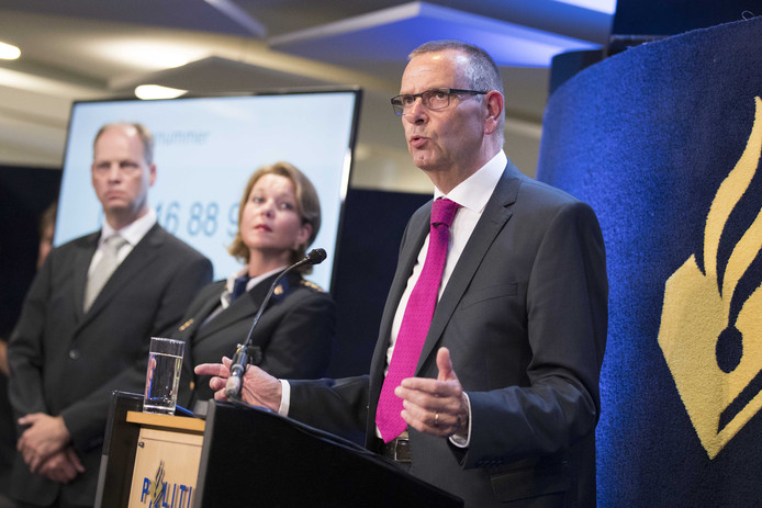 Hoofdofficier van justitie in Limburg Jan Eland meldt op 22 augustus de grote doorbraak in het onderzoek naar de dood van Nicky Verstappen.