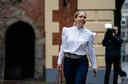 Minister Carola Schouten van Landbouw, Natuur en Voedselkwaliteit (ChristenUnie) bij aankomst op het Binnenhof voor de wekelijkse ministerraad, de laatste voor het zomerreces.
