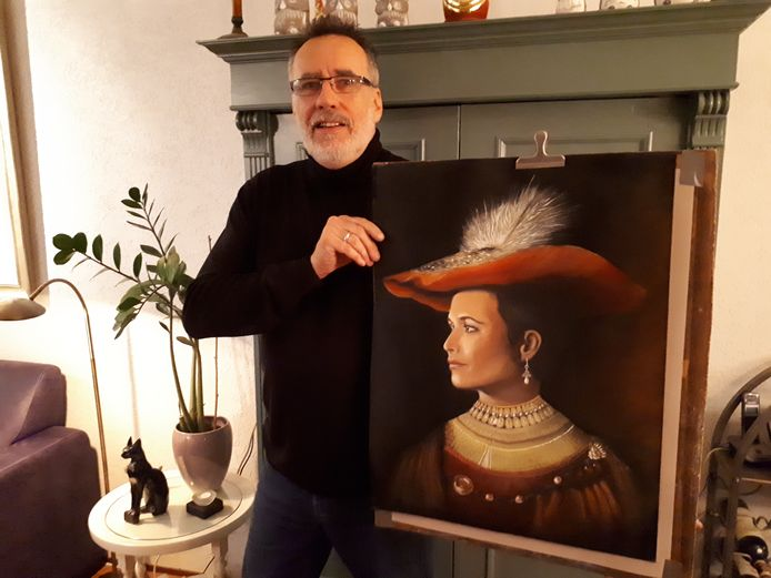 Berthoo Lammers eerder dit jaar met zijn inzending voor de competitie 'project Rembrandt' voor amateurschilders.