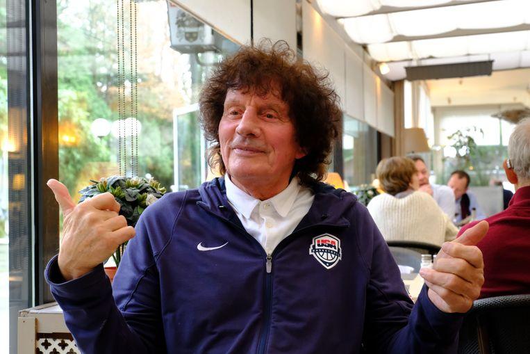 Basketballegende Willy Steveniers verkeert op de drempel van zijn 80ste verjaardag nog in blakende conditie.