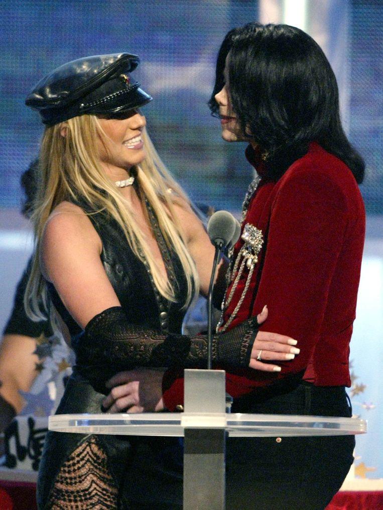 Britney Spears en Michael Jackson tijdens de MTV Video Music Awards in 2002