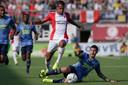 Marcos Senesi beleefde een hoogst ongelukkig debuut tegen FC Emmen.