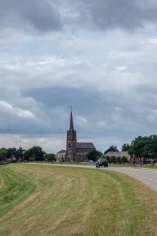 In 1875 was in deze kerk de eerste dienst, vandaag de laatste: 'De meeste mensen zien dit nooit meer terug'
