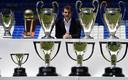 Een deel van de prijzenkast die Iker Casillas met Real Madrid in zijn loopbaan bij elkaar heeft gekeept.