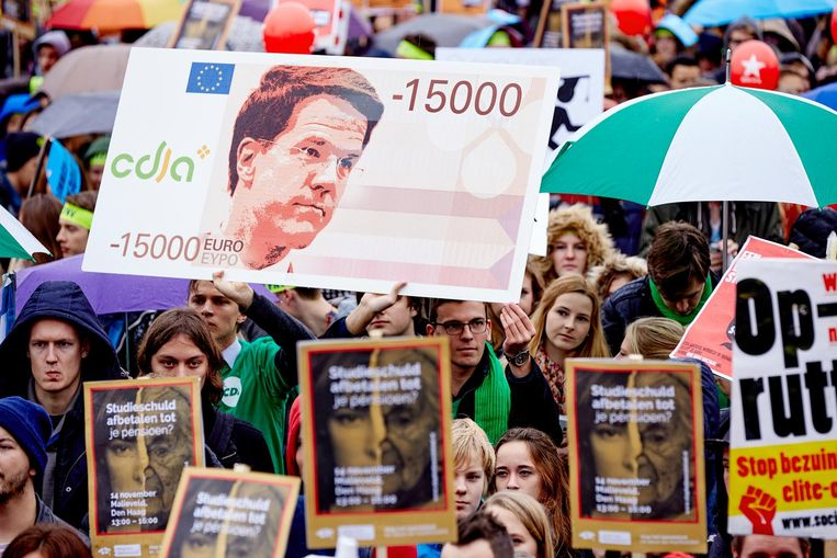 Studenten demonstreren in 2014 tegen het nieuwe leenstelsel. Beeld anp