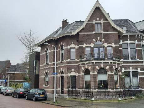 Buren in Zwolle vangen bot: rechter geeft fiat voor bouw huizen Zuiderkerkstraat