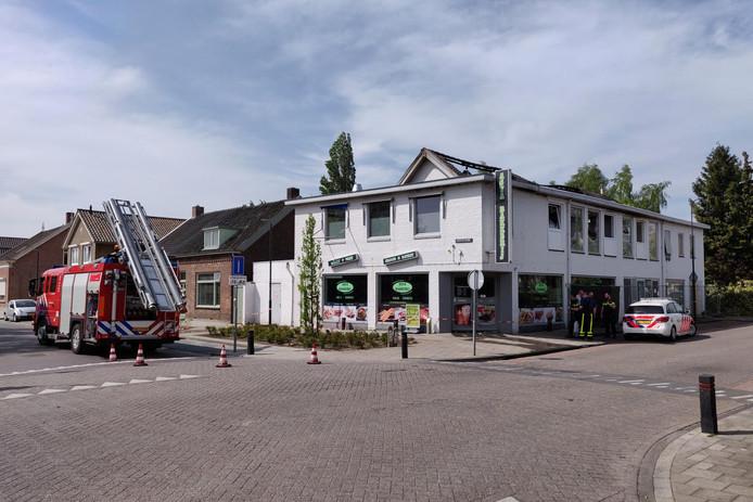 Waterschade aan pand Asya Bakkerij in Waalwijk.