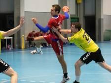 Handballer Van de Moosdijk gaat een mooi slot van het seizoen tegemoet na stunt in Belgische play-offs