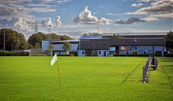 De KNVB haalt voor het eerst in vijf jaar een hele voetbalclub uit competitie