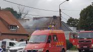Brandweer komt net op tijd tussen bij hevige schouwbrand