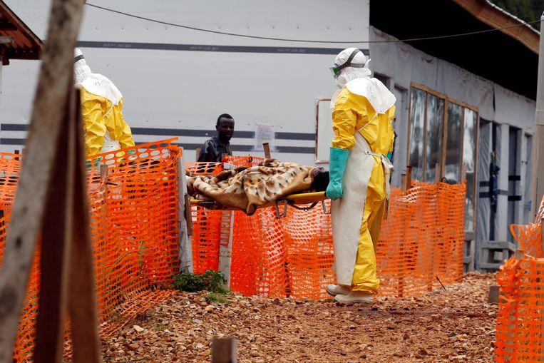 De epidemie is intussen uitgegroeid tot op de een na zwaarste ebola-uitbraak in de geschiedenis.