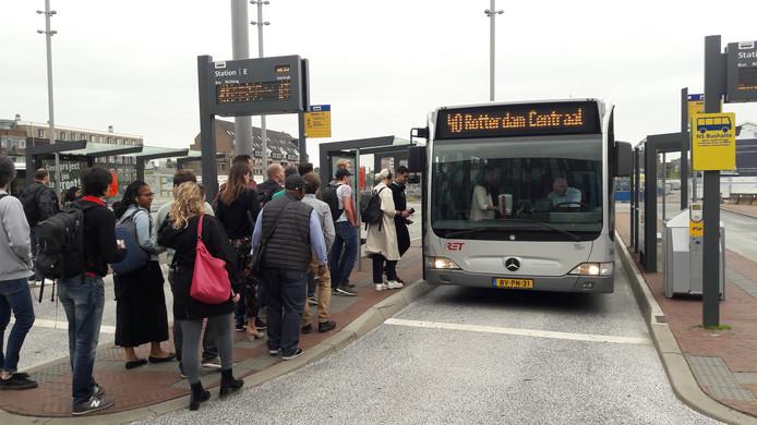 Er wordt vandaag opnieuw gestaakt in het streekvervoer.
