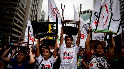"Massaprotest in Brazilië: Bolsonaro noemt demonstranten ""idioten"""