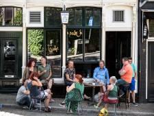 Café 't Paleis moest dicht na overtreden coronaregels: Tijd voor de 1,5 meterpatrouille?