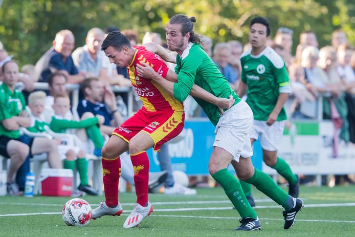 HEETEN - Sallands Streekteam - Go Ahead Eagles, voorbereiding seizoen 2019-2020, Sportpark SV Heeten, 05-07-2019, GA Eagles testplayer Antoine Rabillard (L)
