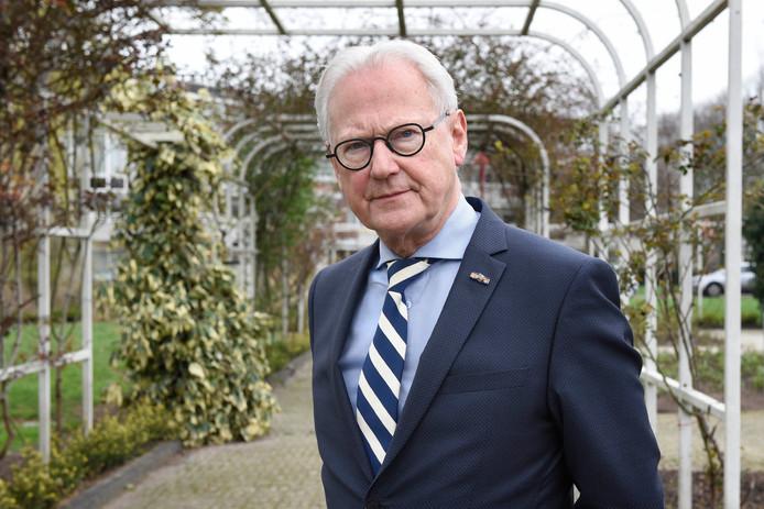 Waarnemend burgemeester Jan Pieter Lokker van Vijfheerenlanden.