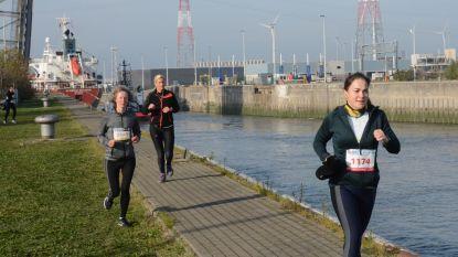 Lopen en wandelen met de haven als achtergrond, deze editie kan het ook met 'buddyline'