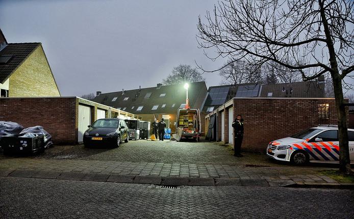 Vijfduizend liter aan zeer licht ontvlambare stoffen gevonden middenin woonwijk Bergen op Zoom.