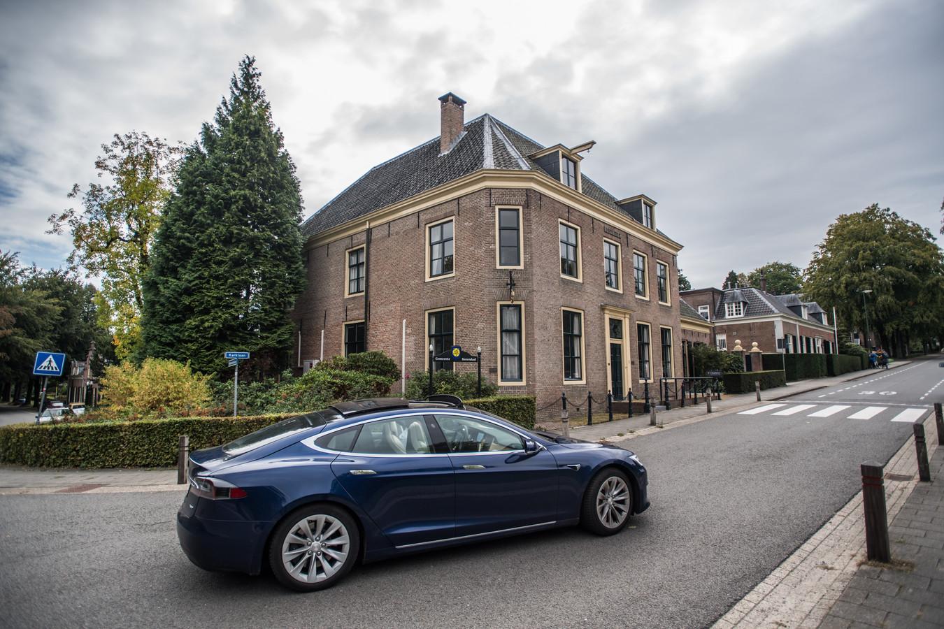 Het gemeentehuis van Rozendaal.