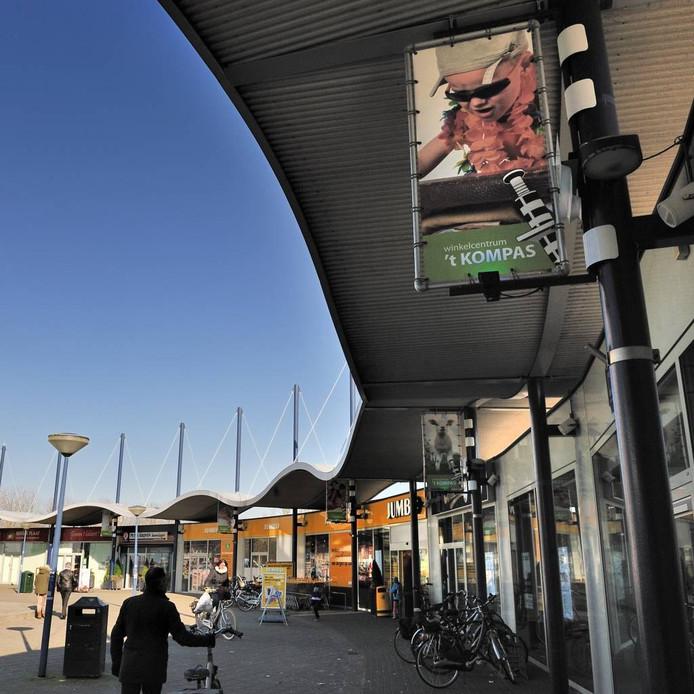Er zijn al langer zorgen over de vitaliteit van winkelcentrum Het Kompas.
