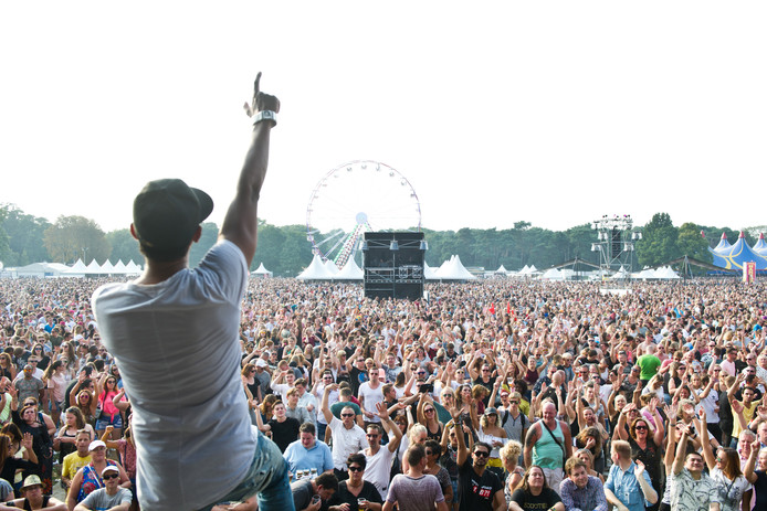 Volle bak in het Goffertpark tijdens We Love The 90's in 2017.