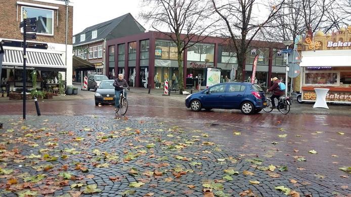 De splitsing van de Kloosterstraat met de Bisschopstraat.