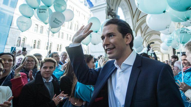 'Sebastian Kurz, leider van de ÖVP, de Oostenrijkse christen-democraten, staat klaar om in Wenen samen met de club van Haider te gaan regeren.' Beeld epa