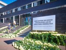 Familie Arie den Dekker rekent op grote drukte bij erehaag voor overleden Ossenaar