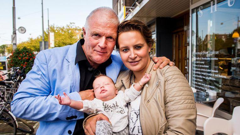 Peter Jan Rens met zijn vriendin Virginia en hun dochtertje in 2014. Beeld anp