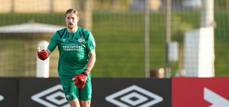 Unnerstall weet niet of hij nu eerste keeper is bij PSV: 'Ruiter is er ook nog'