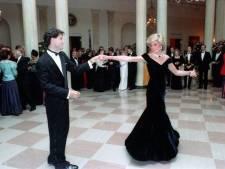 """La robe """"Travolta"""" de Lady Diana vendue aux enchères"""
