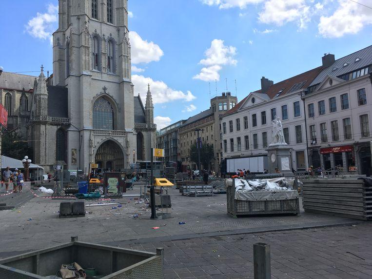 Afbraak van de Feesten: Geen podium meer te zien op Sint-Baafs