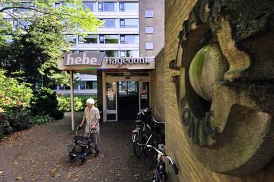 Oude zorgcentrum Hagedonk Prinsenbeek onder slopershamer